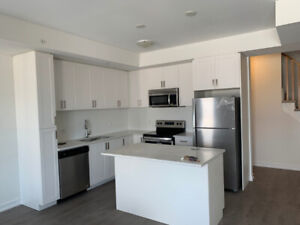 2bed/3bath New Townhouse for rent neat Pickering Town Centre