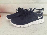 Nike free run running trainers size 4 new