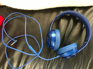 Beats by Dre Solo 2 Blue Wired Headphones