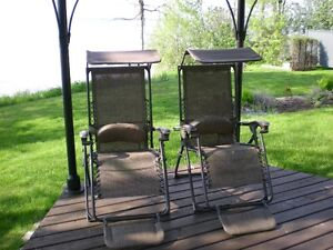 2 DELUXE BROWN JACQUARD GRAVITY RECLINERS WITH CANOPY
