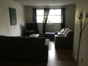 Spacious 1 Bedroom $890 ALL UTILITIES & PARKING included