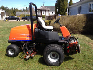 2006 Jacobsen 4x4 fairway mower $4500 obo
