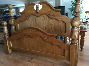 Solid Oak Cannon Ball Bed Frame For Queen or Double
