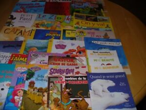 Lot of 30 Kids' FRENCH Edition Books: EARLY Grades 1-4