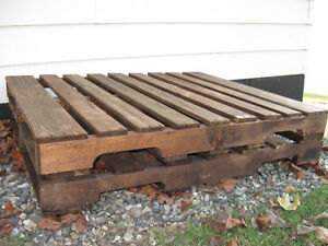 Heavy Duty large pallet coffee table $198. Williams Lake Cariboo Area image 3