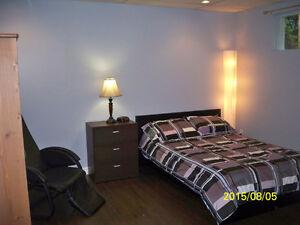 Grande chambre luxueuse avec entrée privée