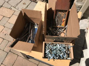 3 BOXES OF VINTAGE CHISELS, DRILL BITS AND ASSORTED BOLTS