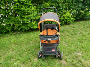 Joovy caboose stroller with rear extra seat