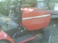 MASTERCRAFT  RIDING LAWNMOWER