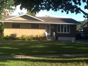 brick bungalow for sale OPEN HOUSE OCTOBER 2,  2-4pm
