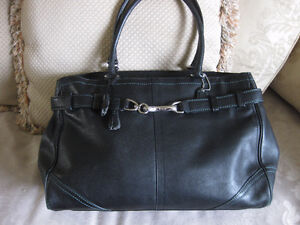 COACH hand bag – Excellent condition