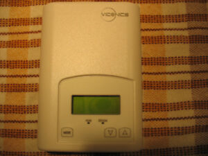 Humidity Controllers VH7200A100 by Viconics Technologies Inc.