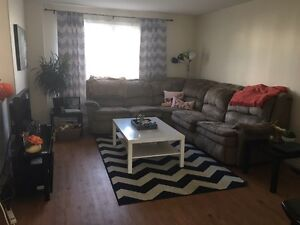 WEST END - 1 room available in house - inclusive