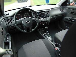 2010 Kia Rio LE Sedan Gatineau Ottawa / Gatineau Area image 4