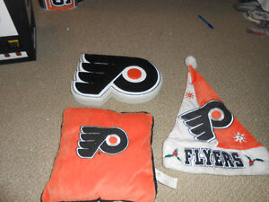 philadelphia flyers nhl scoreboard light and many collectables London Ontario image 7