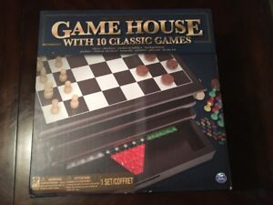 chess game with 10 classic games
