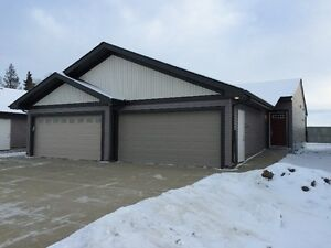 No Stairs Wheelchair Friendly Bungalow Quick Possession Strathcona County Edmonton Area image 2