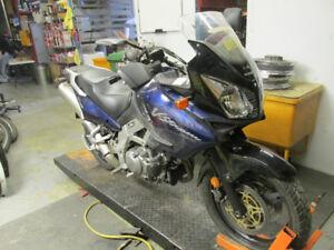 PIECES PARTS MOTO MOTORCYCLE SUZUKI DL1000 V-STROM 1000 2002