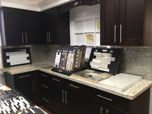 DI$COUNT!! Espresso Shaker and Off White solid wood kitchen!!