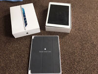 Apple IPad Air wifi & EE cellular 3G, 4G Silver with Genuine Apple Smart Cover.