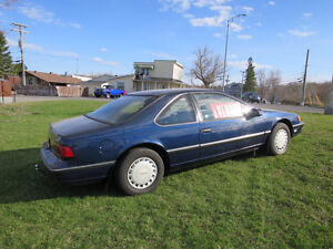 1989 Ford Thunderbird Velour bleu Coupé (2 portes),Négociable