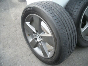 "4 MAG HONDA avec pneu d""ete KUMHO ZETUM 205 55R 16 Comme neuf"