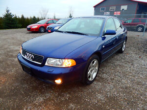 2001 Audi A4 Quattro Luxury Sedan Mint Low miles No Rust! London Ontario image 5