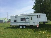 For Sale 2002 Prowler 5th Wheel Trailer