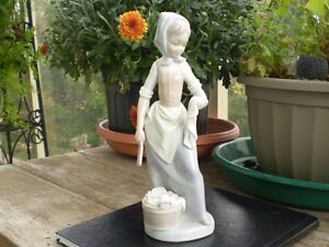 "NAO- Lladro Figurine - "" Girl with Laundry """