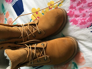 Ladies Timberland Boot size 6.5