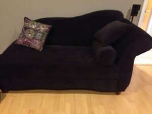 3 Piece Sofa Set Including a Luxurious Chaise