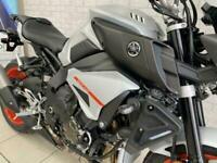 YAMAHA MT-10 ABS brand new naked hyper sports power mode wheeli machine