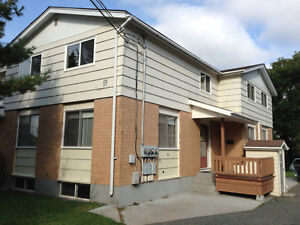 Beautiful 3-bedroom townhouse in a perfect location