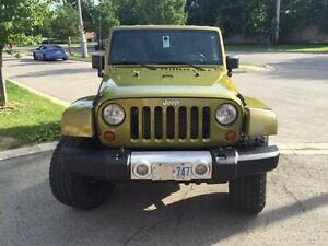 2008 Jeep Wrangler 4 DR Automatic w/ big tires