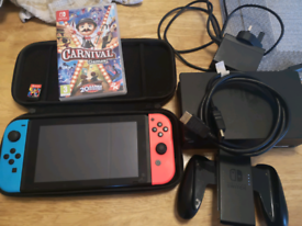 Nintendo switch will 2 games case and accessories for TV in great cond