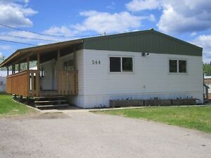 Hinton, AB-Located on quiet cul-de-sac, loads of space,private