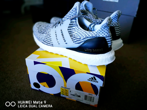 DS ULTRA BOOST Oreo US11 Melbourne CBD Melbourne City Preview
