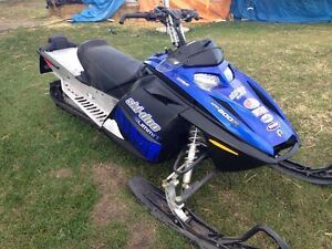 2007 skidoo summit 800  ready to ride