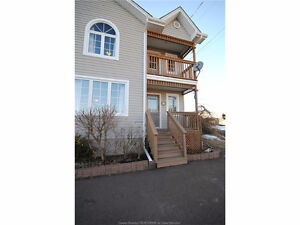 OPEN HOUSE THIS SUNDAY, February 12th! BETWEEN 2:00 - 4:00 PM