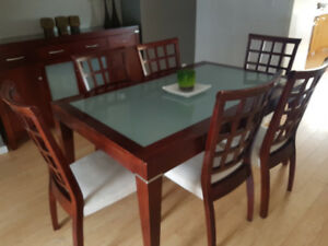 PALLISER DINING ROOM, 6 CHAIRS & HUTCH