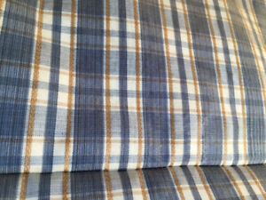 Jazzy Roman Blind - (Blue, white with gold)