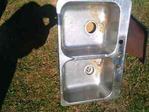 Free double stainless steel sink