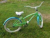 Vélo pour fille style rétro / vintage 75,00$ négociable