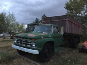 1967 Ford 3-Ton Truck