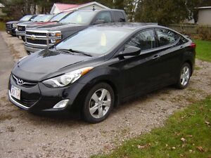 2013 HYUNDAI ELANTRA***GLS***HEATED SEATS***SUNROOF***