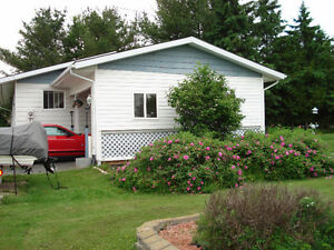 Giant Bungalow in Alban with detached Double Garage