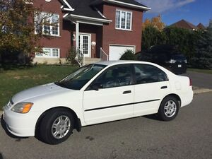 Honda Civic 2001  94000 km 3499$