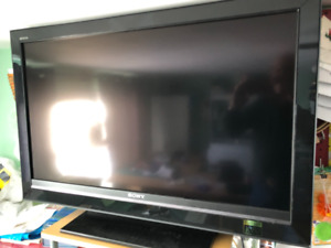 "Sony 40"" Bravia 180 HD TV and DVD Home Theatre System"