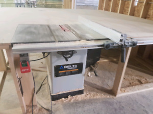 """*sold pending pick up*    Delta 10"""" industrial cabinet saw"""