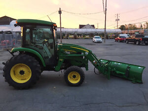2012 John Deere 4320 chargeur + lame hydraulique *192 heures West Island Greater Montréal image 4